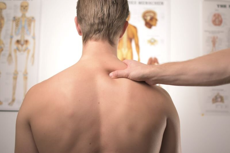 Acupuncture: Natural Back Pain Treatment